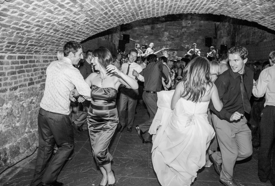the caves edinburgh wedding venue Ceilidh caley-LARGE